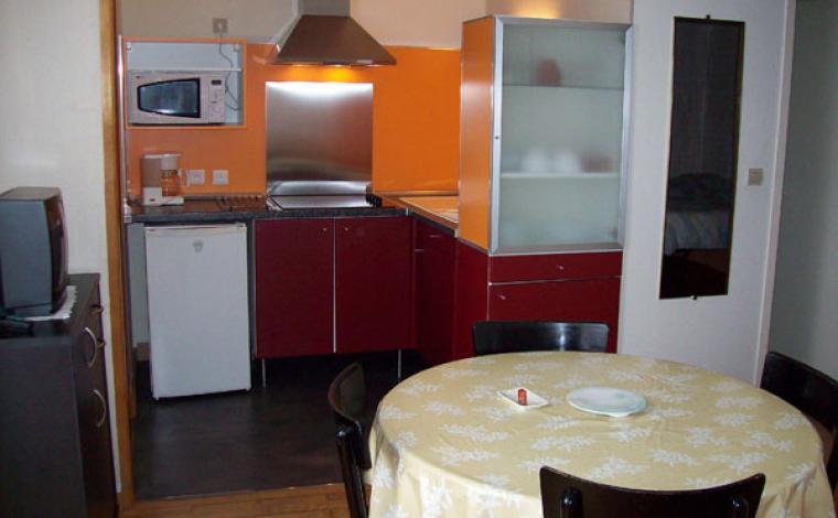 Cuisine équipée studio Villa Bel Air Luz Saint Sauveur